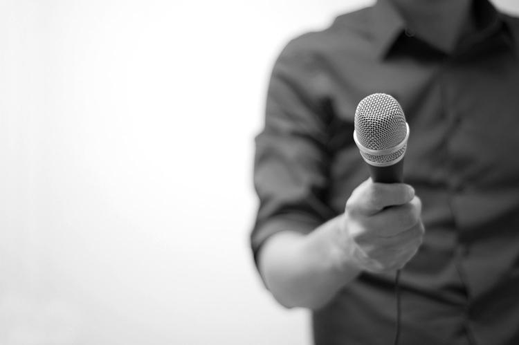 گفتمان سازی اقتصاد مقاومتی - چالش وزارت فرهنگ و صداسیما با گفتمان سازی اقتصاد مقاومتی
