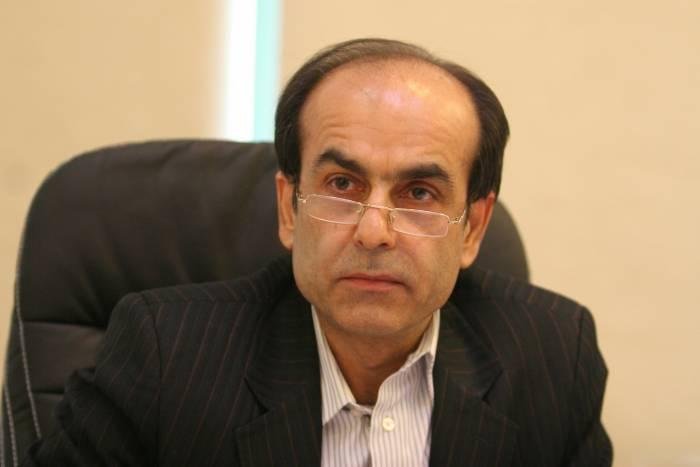 هدايت الله خادمي - فروش فرآورده به جای نفت خام تحریمها را بیاثر میکند
