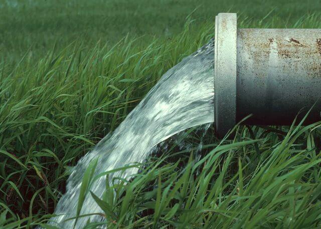 اقتصاد مقاومتی بحران آب - راهکارهای مدیریت بحران آب در تولید محصولات کشاورزی/ مصرف آب برای تولید چای در کشور ۳ برابر ترکیه است