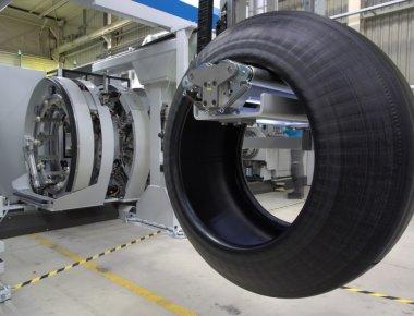 milexx-truck-tire-building-machine-1024x701