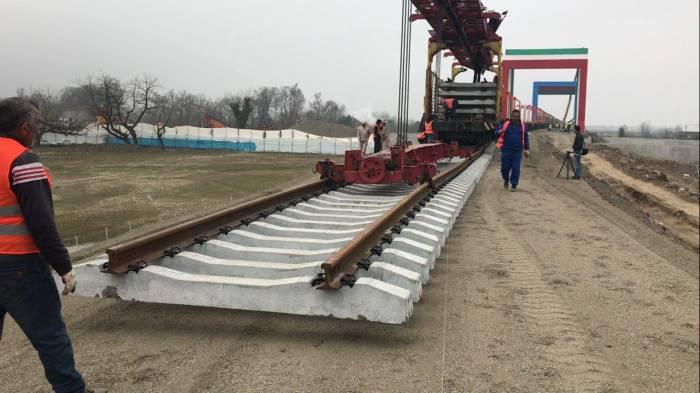چابهار سرخس راه آهن اقتصاد مقاومتی - تامین 9 هزار میلیارد تومان سرمایه برای تکمیل راه آهن چابهار-سرخس