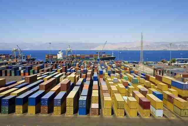 عوارض صادرات اقتصاد مقاومتی 1 - تضعیف تولید داخلی با اجرای نامطلوب قوانین عوارض صادرات