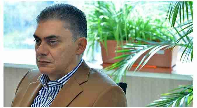 محمد لاهوتی - تغییر ناگهانی عوارض و مقررات صادراتی غیرقانونی است