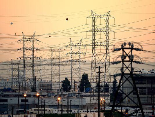 8888 - قیمت برق خانگی در آمریکا گرانتر از برق صنعتی است