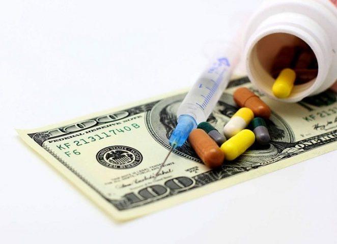 قاچاق دارو نتیجه تخصیص دلار 4200 تومانی