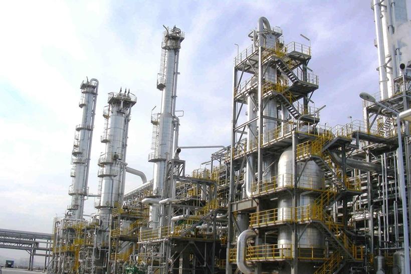 پایین دست نفت و گاز شاهد سرمایه گذاری 1.9 هزار میلیارد دلاری