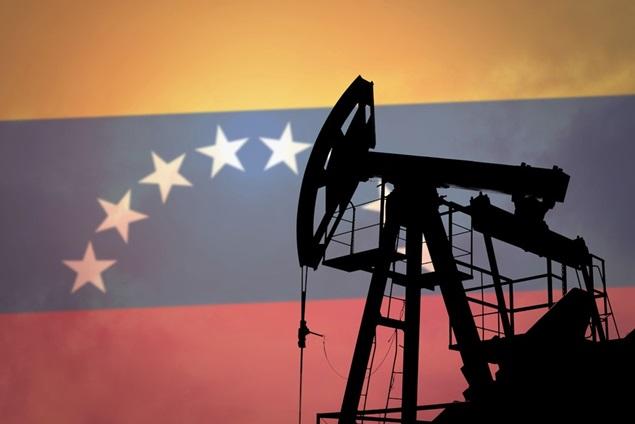 خام فروشی عامل تحریم پذیری صنعت نفت و گاز ونزوئلا