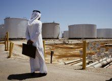 عربستان به دنبال نقش آفرینی در بازار جهانی فرآوردههای نفتی