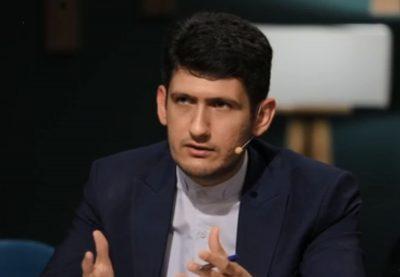 مصطفی سلیمی مفرد - رویکرد سیاسی امنیتی سفارتخانه های ایران